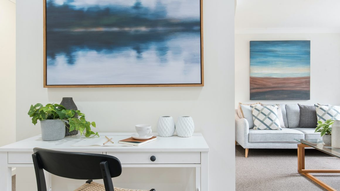 tableau dans un salon moderne
